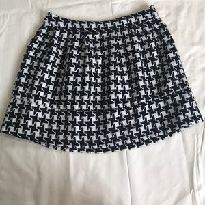 Black and white houndstooth skirt